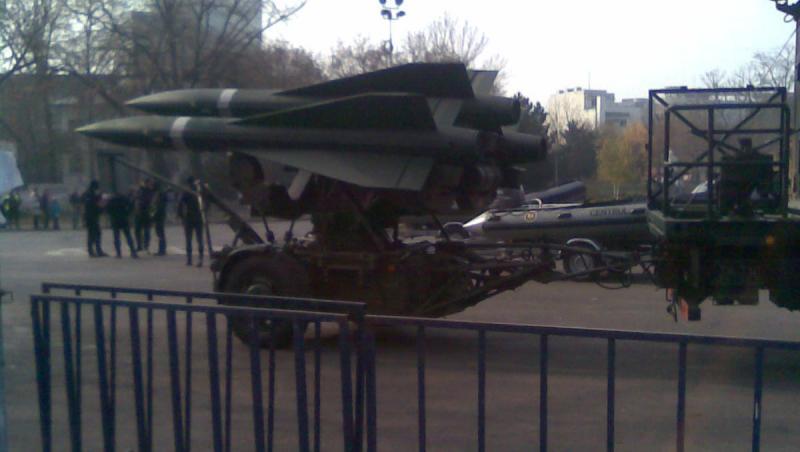 FOTO EXCLUSIV! Repetitii pentru parada militara de 1 decembrie