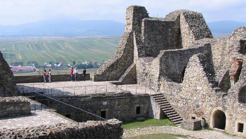 Primul festival de lauta din Romania are loc la Cetatea Neamtului