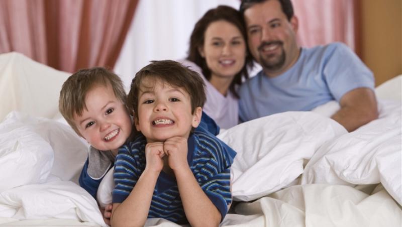 Cum obisnuiesti copilul sa doarma in camera sa