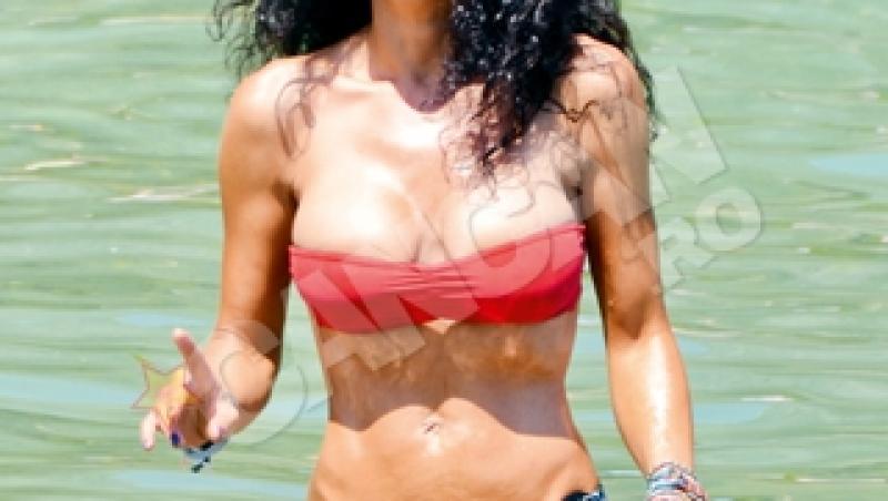 FOTO! Mihaela Radulescu, in costum de baie la Monaco!
