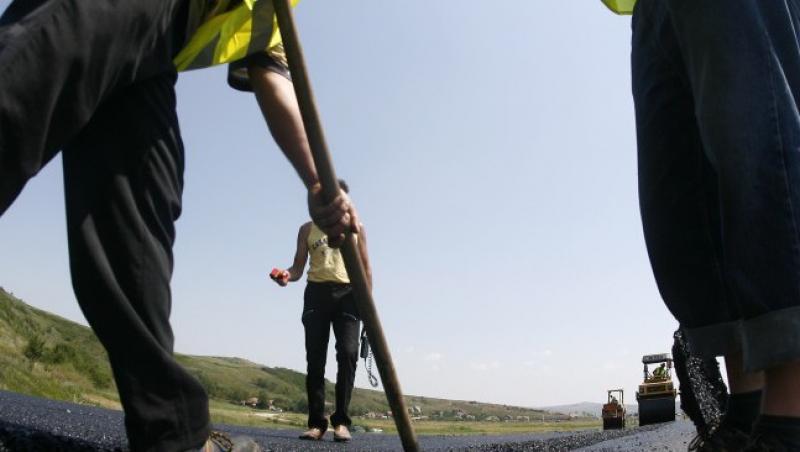 Franta a impus noi restrictii pe piata muncii pentru imigranti
