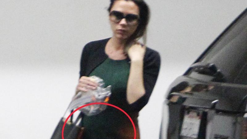 FOTO! Victoria Beckham, nemachiata si cu burtica dupa nastere