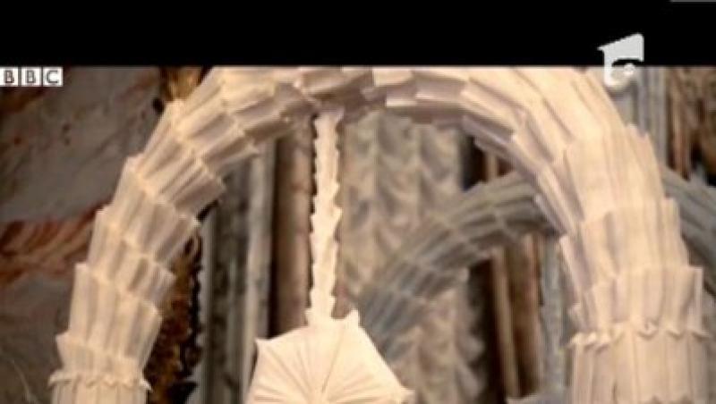 INEDIT! Servetelele de hartie, opere de arta in mainile unui artist spaniol