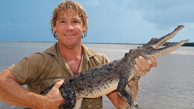 """Au trecut zece ani de când """"vânătorul de crocodili"""" Steve Irwin a murit! Între timp, fetița sa a devenit o femeie superbă! Cum arată Bindi?"""