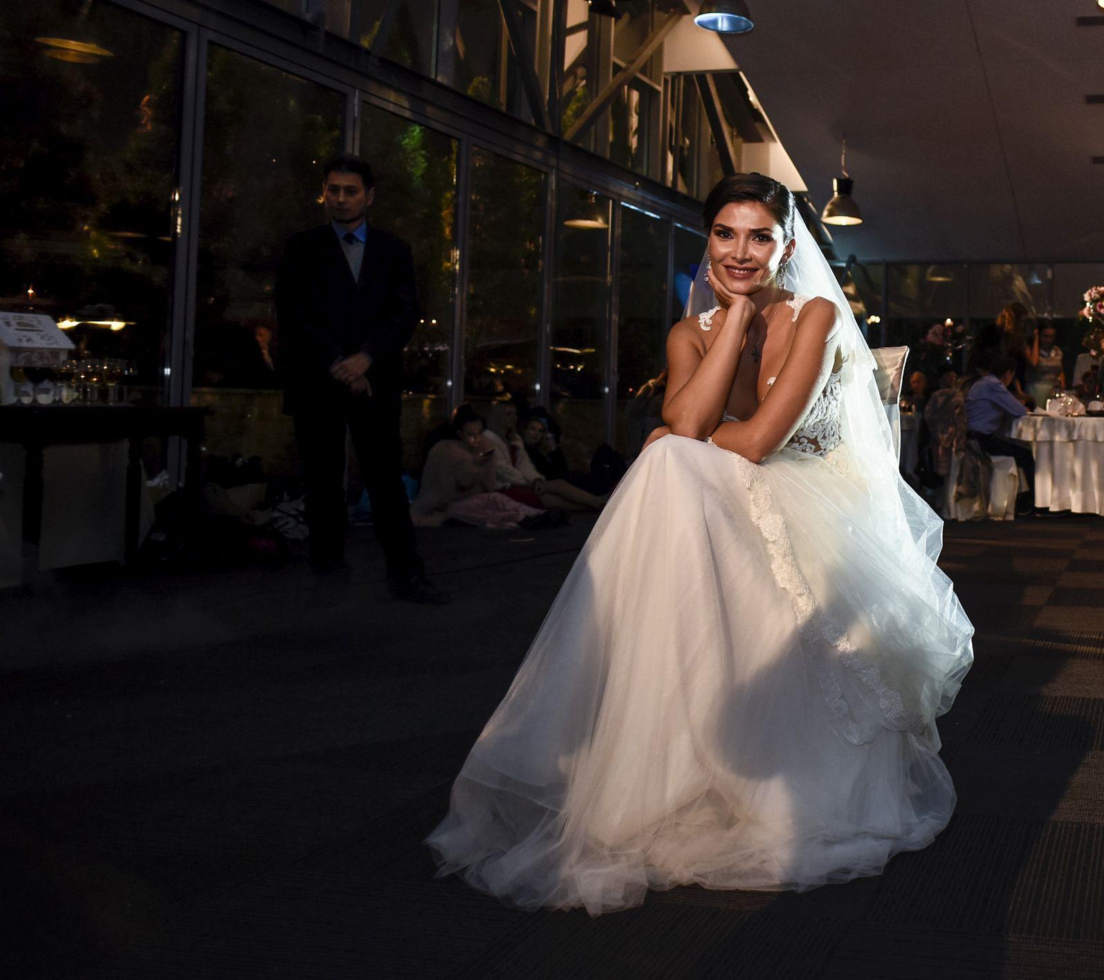 Alina Pușcaș face din nou nunta. Va fi o mireasă superbă!