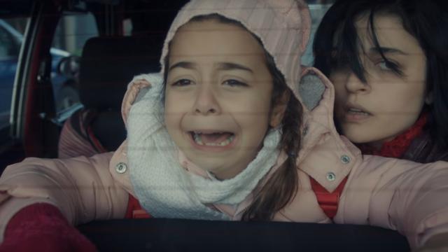 """GALERIE FOTO. Cum arată Șule, mama adevărată a lui Melek din serialul """"MAMA"""", în realitate. Extrem de atrăgătoare și fără strop de răutate"""