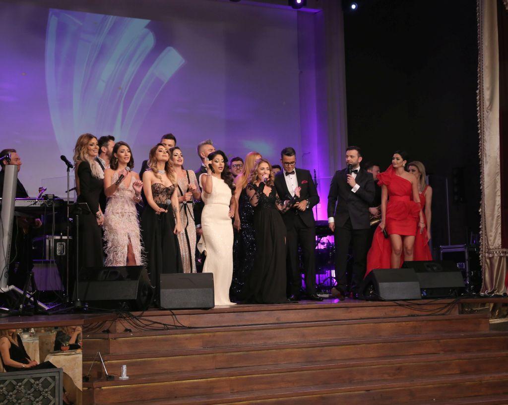 """Diseară, de la ora 19.30, Antena Stars decernează """"Premiile showbiz-ului românesc"""""""