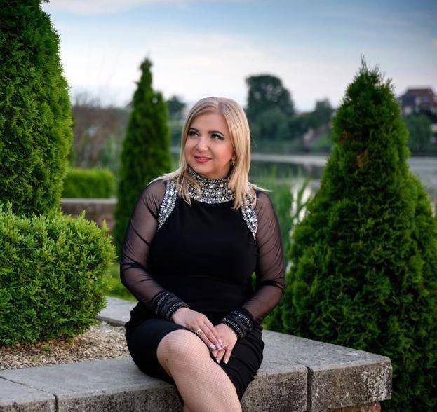"""Carmen Șerban, mărturisiri surprinzătoare la """"Refresh by Oana Turcu"""":  """"Eu sunt sceptică în privința căsătoriei din ziua de azi"""""""