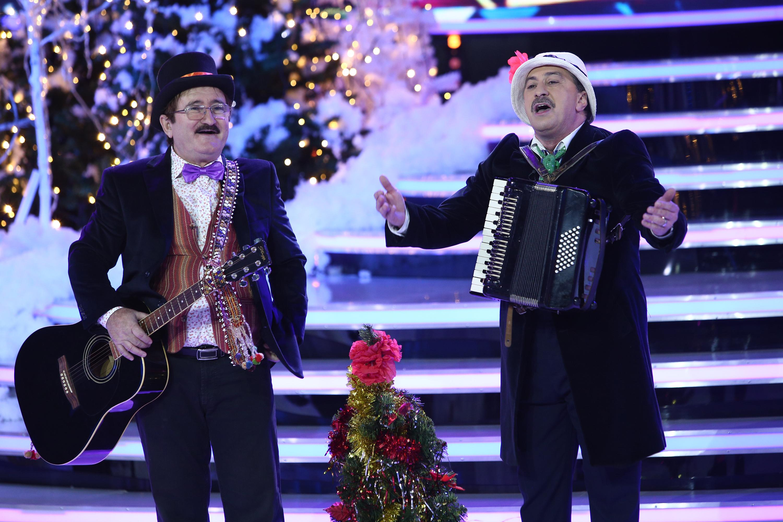 """Romică Ţociu și Cornel Palade fac atmosferă incendiară în platoul emisiunii ,,Show și-așa""""!"""
