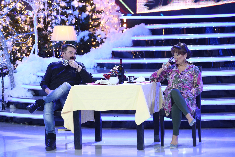 """Adriana Trandafir și Andrei Duban ne răsfață cu o cină extrem de comică la ,,Show și-așa""""!"""