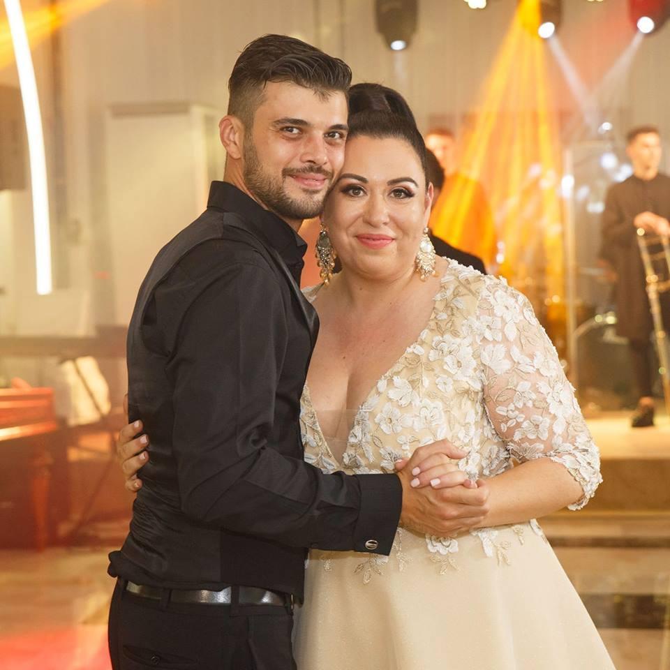 """Oana Roman, dezvăluiri surprinzătoare, la """"Refresh by Oana Turcu"""": """"La nuntă nu am avut rochia pe care mi-am dorit-o!"""""""