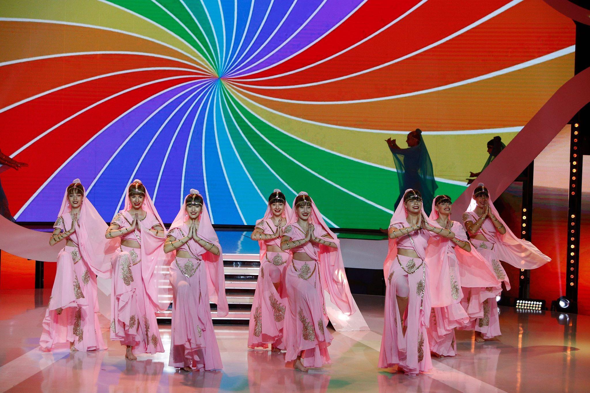 Bollywood-ul s-a mutat la Next Star! Fetele de la Estrada Studio au umplut scena cu talent și culoare!