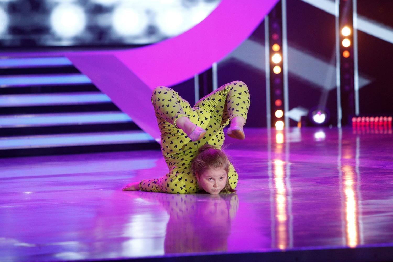 """Nicio ediţie de """"Next Star"""" fără mişcare. Gabriela Nicolae, număr de dans modern pe muzica lui Derulo: """"Câtă expresivitate are, este incredibil"""""""