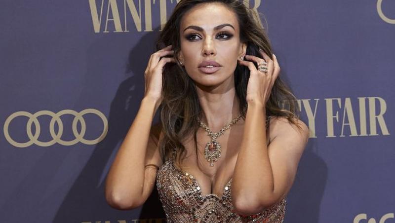 Mădălina Ghenea a răvășit toți bărbații cu apariția ei la Gala Vanity Fair