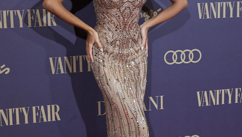 Interzis cardiacilor! Mădălina Ghenea a răvășit toți bărbații cu apariția ei la Gala Vanity Fair