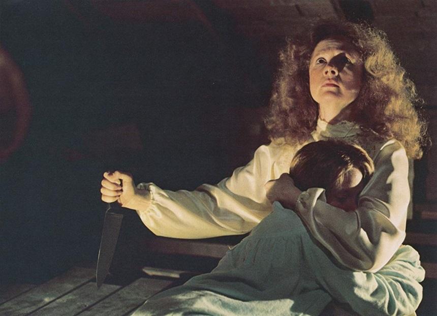 """Romanul """"Carrie"""" al lui Stephen King, adaptat pentru micile ecrane"""