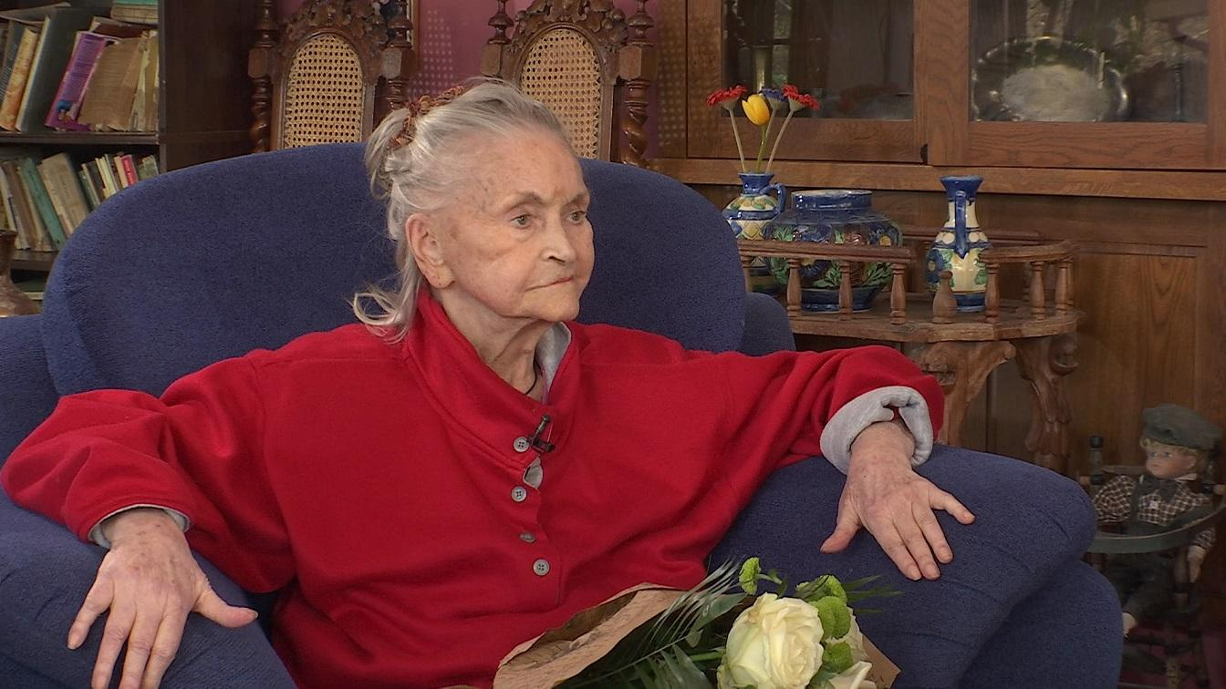 """Zina Dumitrescu, interviu emoționant la """"Refresh by Oana Turcu"""". Cum arată Mama Zina la vârstă de 82 de ani"""