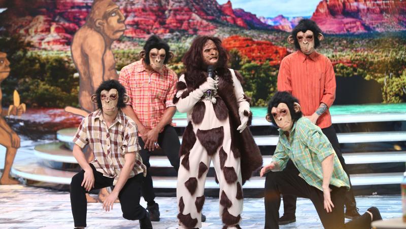 Omul-Gorilă i-a făcut pe toți să râdă! N-ai mai auzit versuri atât de amuzante! Ce dedicație i-a făcut lui Dorian?