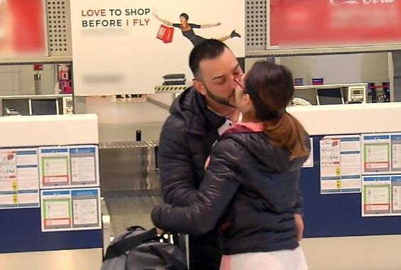 """Săruturi pasionale, declarații de dragoste și promisiuni la începutul noului sezon Insula Iubirii! """"Nu o să mă despart de tine niciodată!"""""""