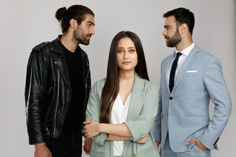 Denis Hanganu, Oana Cârmaciu și Daniel Nuță sunt protagoniștii  serialului Sacrificiul