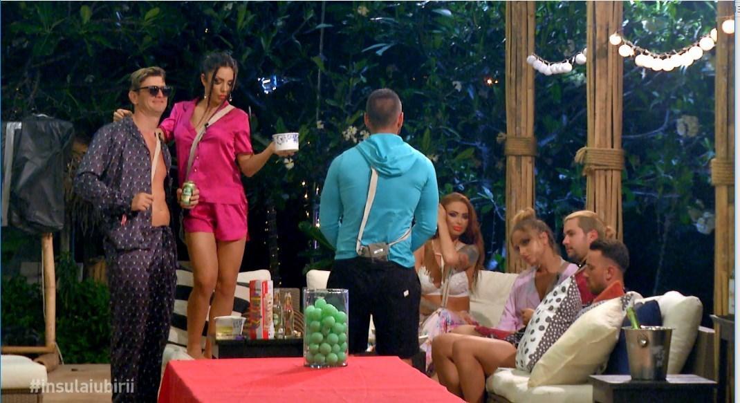 Cea mai șocantă alegere luată de un concurent pe Insula Iubirii:  Își ia amantă!