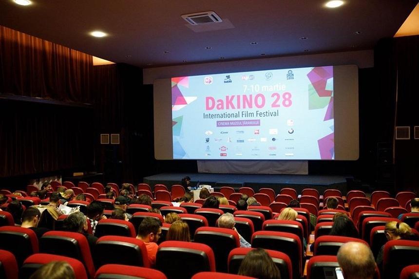 """Festivalul de film DaKINO 2020, anulat din cauza subfinanţării """"cronice"""""""