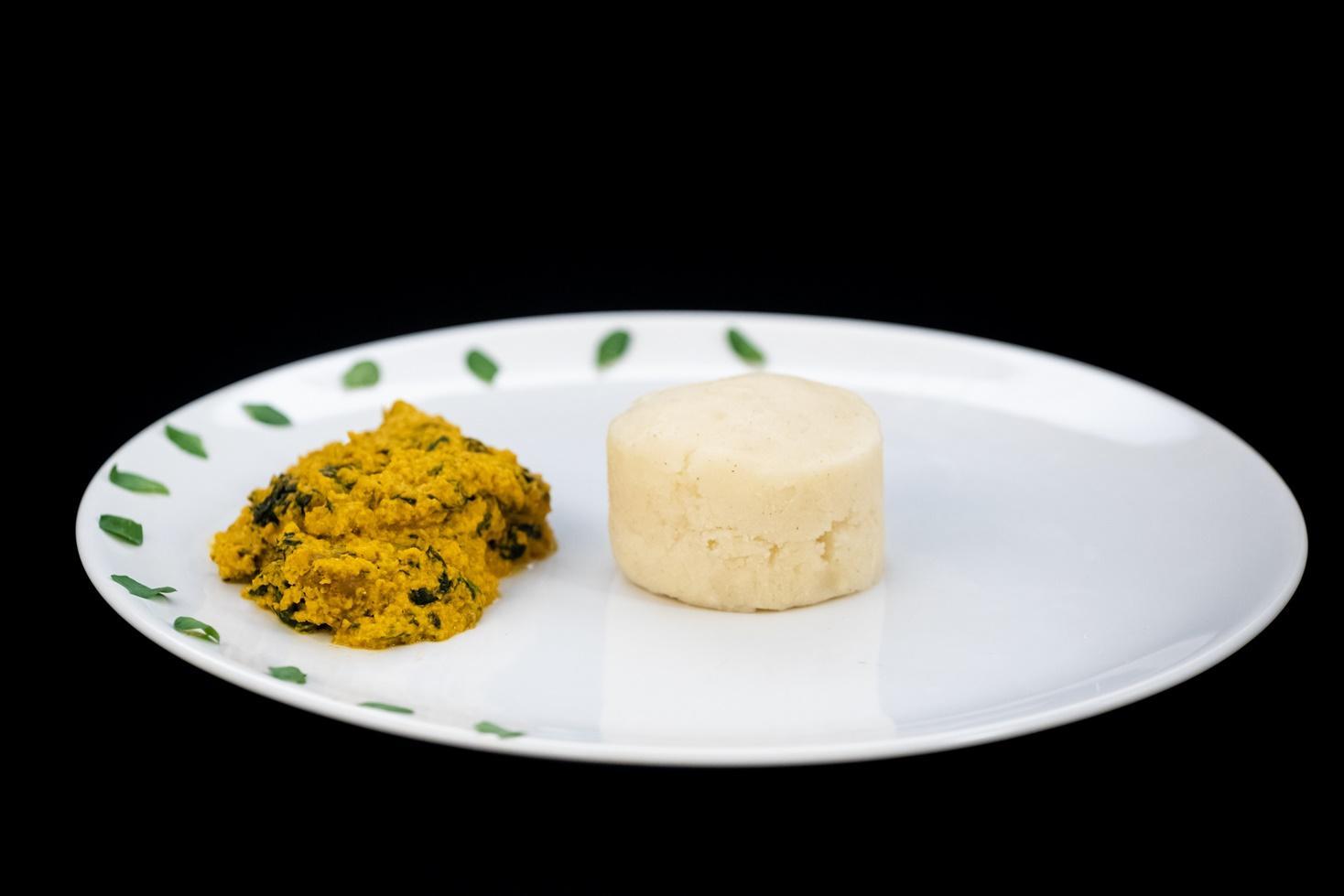 Egusi soup. Rețetă de supă cu semințe din bucătăria nigeriană