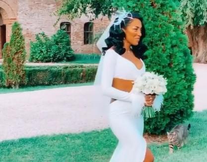 Adevărul despre imaginile cu Ruby în rochie de mireasă. S-a măritat sau nu artista?