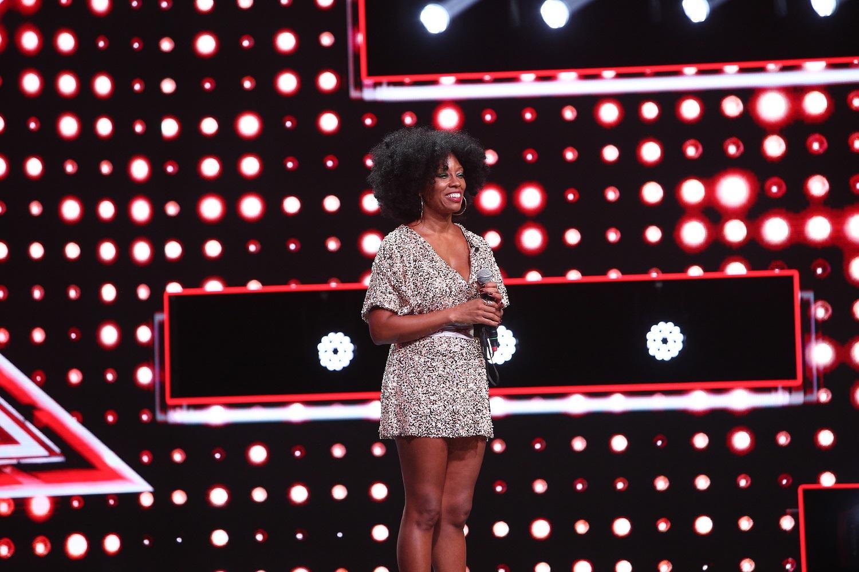 O americancă, rudă cu Beyonce, îi uimește pe jurații X Factor cu povestea sa
