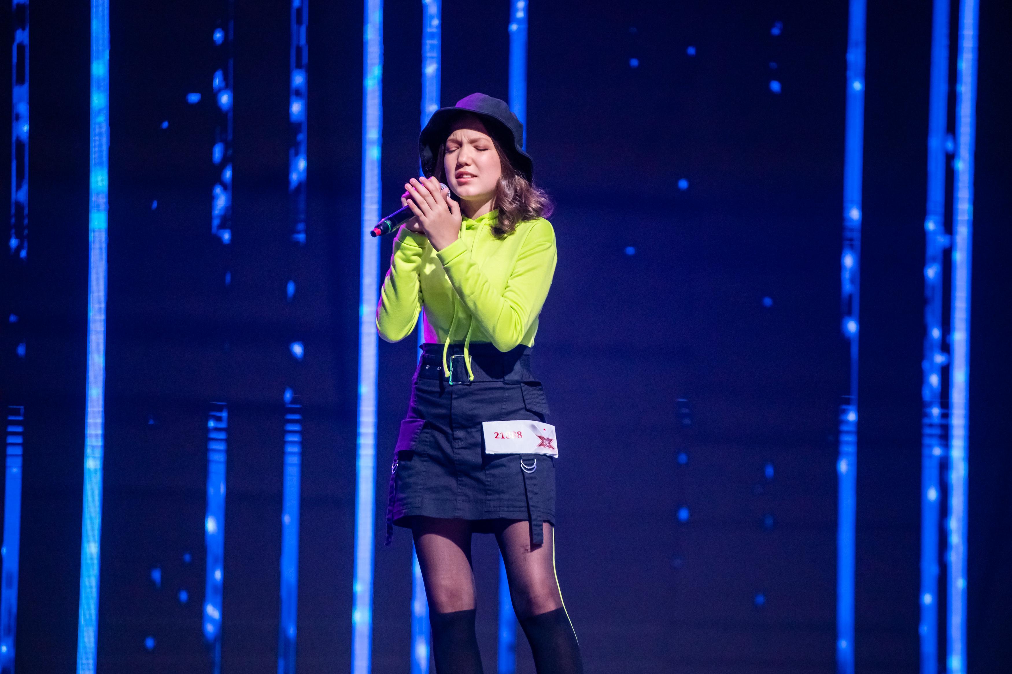 Carla Ioniță a dominat scena X Factor. Are numai 14 ani, dar potențialul ei este foarte mare