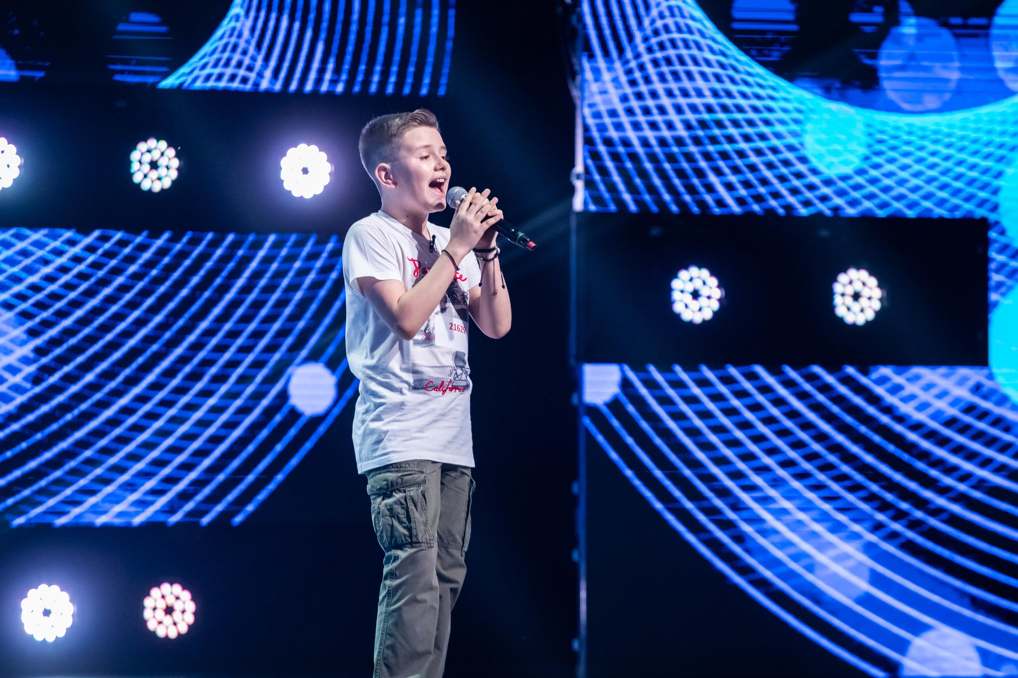 David Adrian Ștefan este o super voce! Prestația lui pe scena X Factor a primit aplauze furtunoase