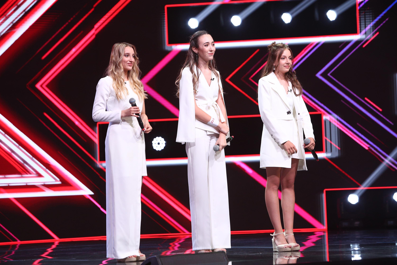 """X Factor 2020. Trio Eva, grupul care i-a cucerit pe jurați. """"Așa trebuie să arate un grup!"""""""