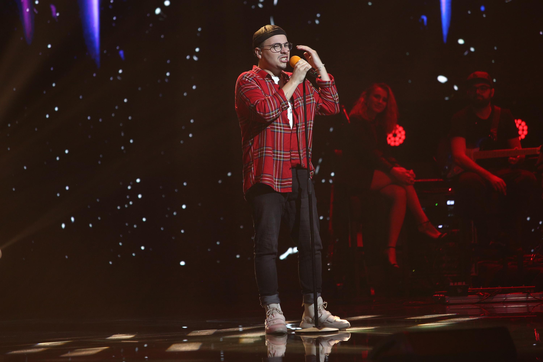 X Factor 2020. Robert Botezan a împletit teatrul cu muzica în Bootcamp. Decizia Loredanei i-a surprins pe colegii din juriu