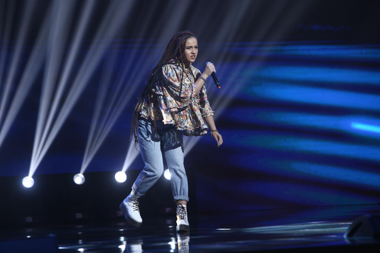 """X Factor 2020. Andreea Dobre a impresionat în Bootcamp cu stilul exotic și atitudinea de """"fată rea"""". Ce a decis Ștefan Bănică"""
