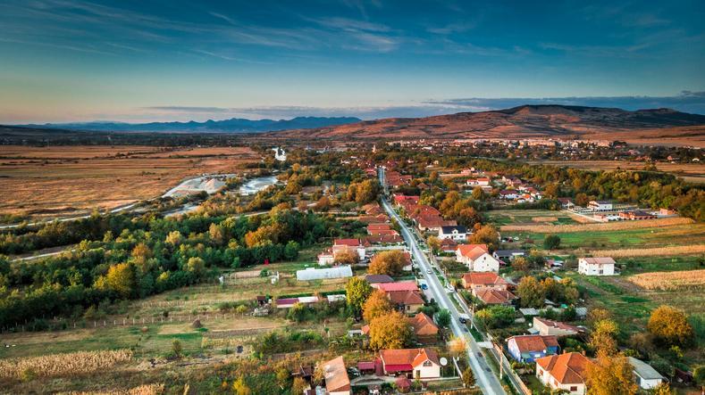 Tehnologia și inovația - catalizatori ai dezvoltării comunităților locale din România