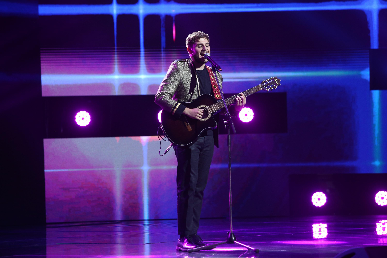 X Factor 2020. A mizat pe naturalețe și i-a surprins din nou pe jurați. Adrian Petrache a adus zâmbetul pe chipurile tuturor
