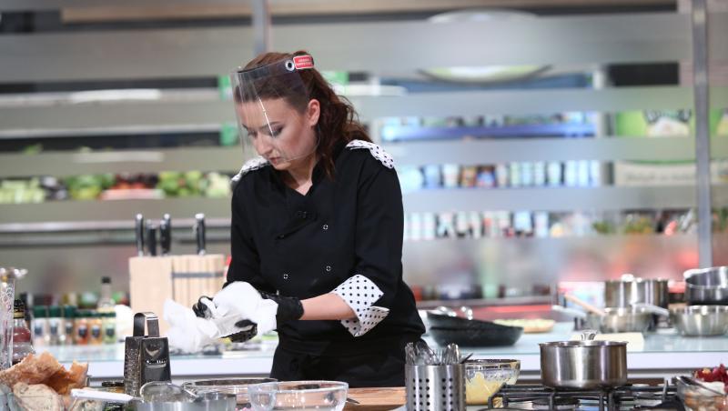 """Roxana Blenche, în sezonul 8 al emisiunii """"Chefi la cuțite"""""""