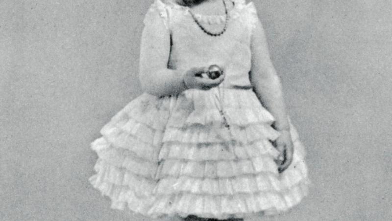 Regina Angliei în copilărie