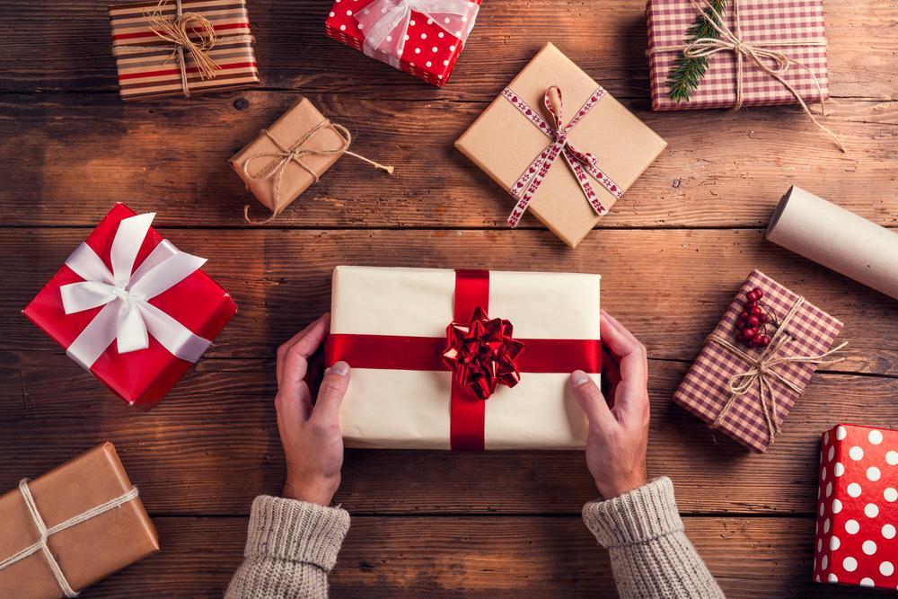 Nu știi ce cadouri de Crăciun să alegi? Iată 3 sfaturi care te pot sprijini în acest sens!
