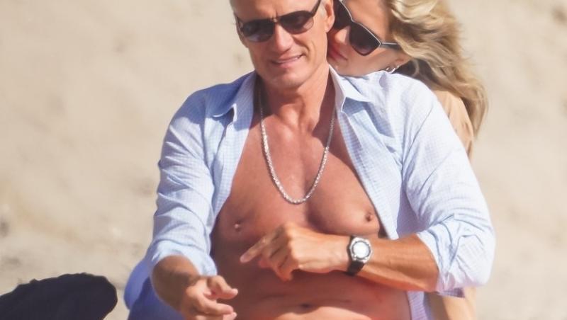 La 63 de ani, e de nedespărțit de logodnică. Cum a fost Dolph Lundgren surprins alături de blonda de 24 de ani