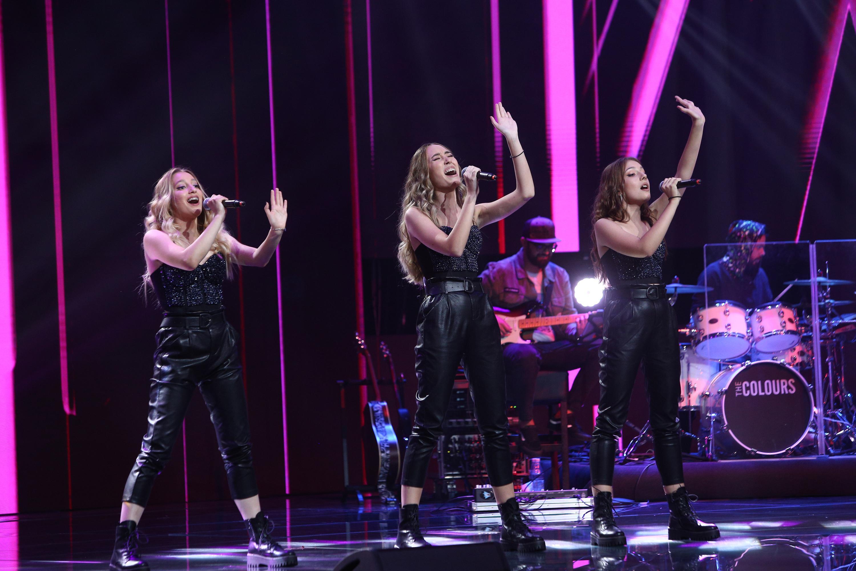 X Factor 3 decembrie 2020. Trio Eva, trupa care a impresionat cu voce și coregrafie în Bootcamp. Alegere grea pentru Florin Ristei