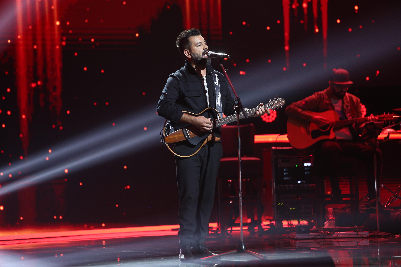 X Factor 2020. Mehmet Dural, timbrul vocal cu influențe turcești din Bootcamp. Muzica lui a luat cu asalt scena