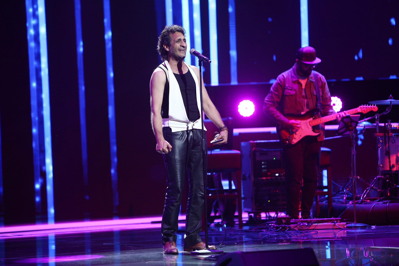 X Factor 2020. Iulian Canaf, artistul total din acest sezon. Prestația din Bootcamp a primit aplauze la scenă deschisă