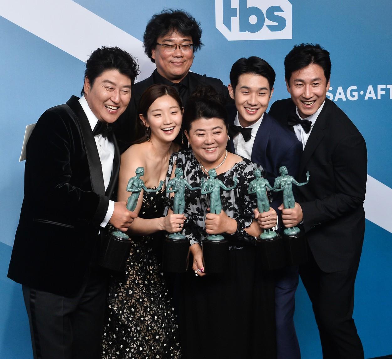 """Oscar 2020 - Filmul sud-coreean """"Parasite"""" a luat marele trofeu. Lista completă a câștigătorilor"""
