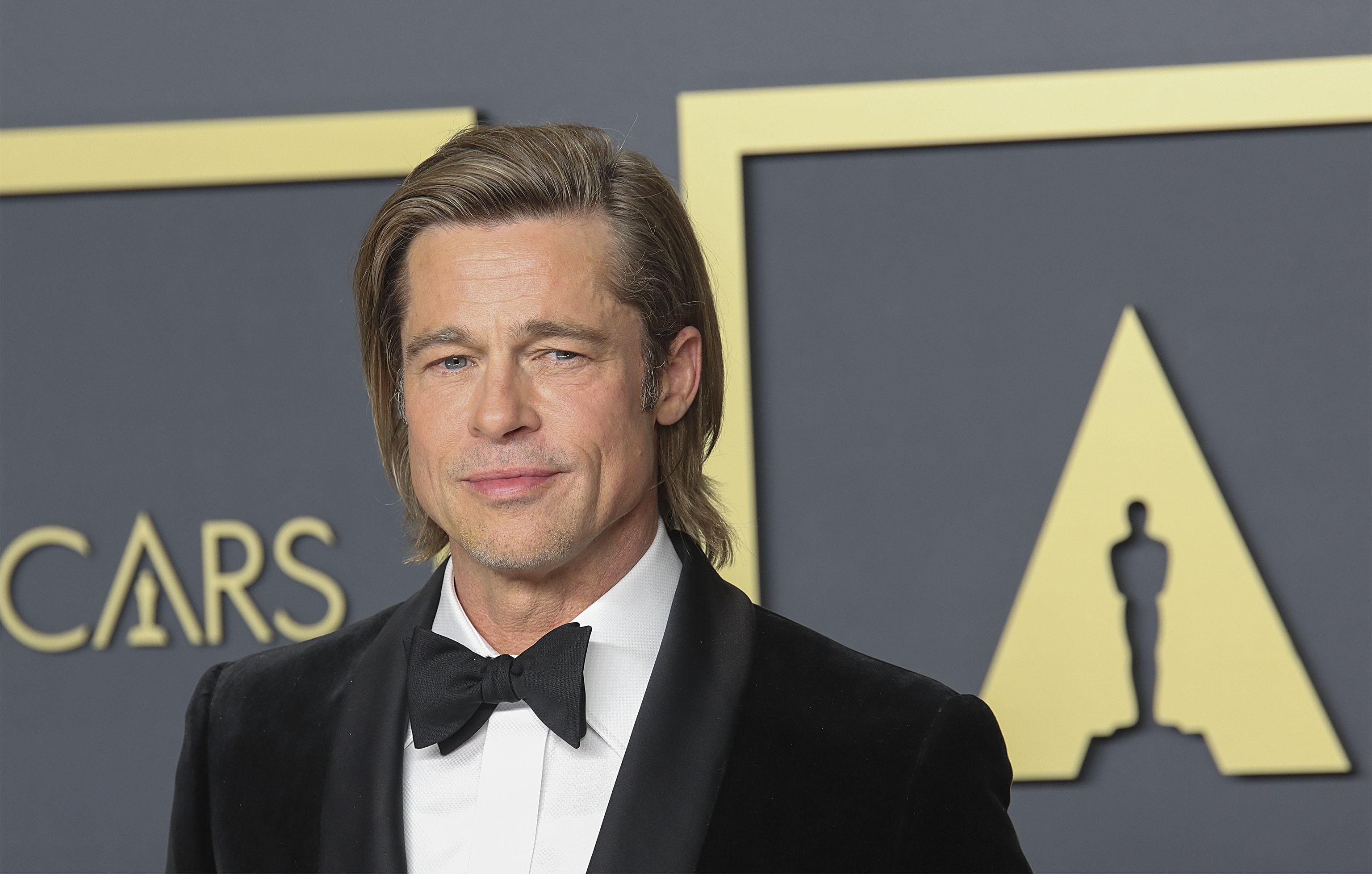 """Brad Pitt, primul Oscar pentru interpretare. Actorul le-a dedicat statueta copiilor săi: """"E pentru copiii mei, care colorează tot ce fac. Vă ador!"""""""