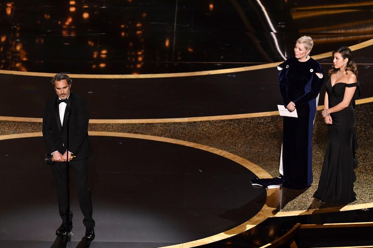 """Joaquin Phoenix, desemnat cel mai bun actor în rol principal. Discurs impresionant al lui """"Joker"""": """"Am fost un ticălos!"""""""