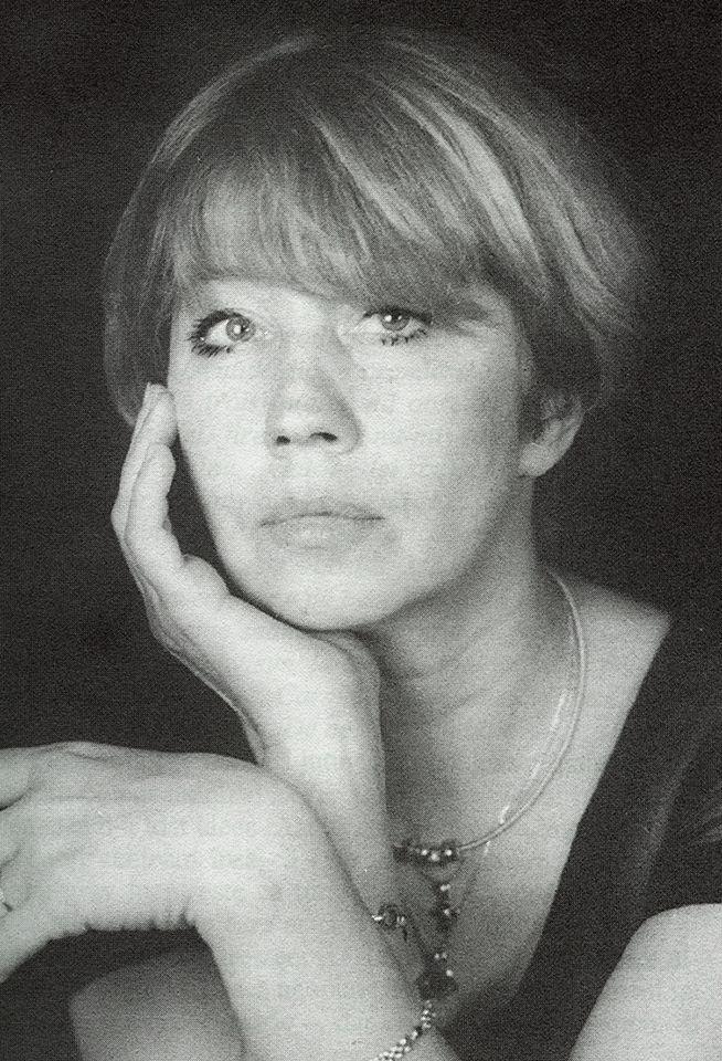 Doliu în România! A murit actrița Carmen Galin