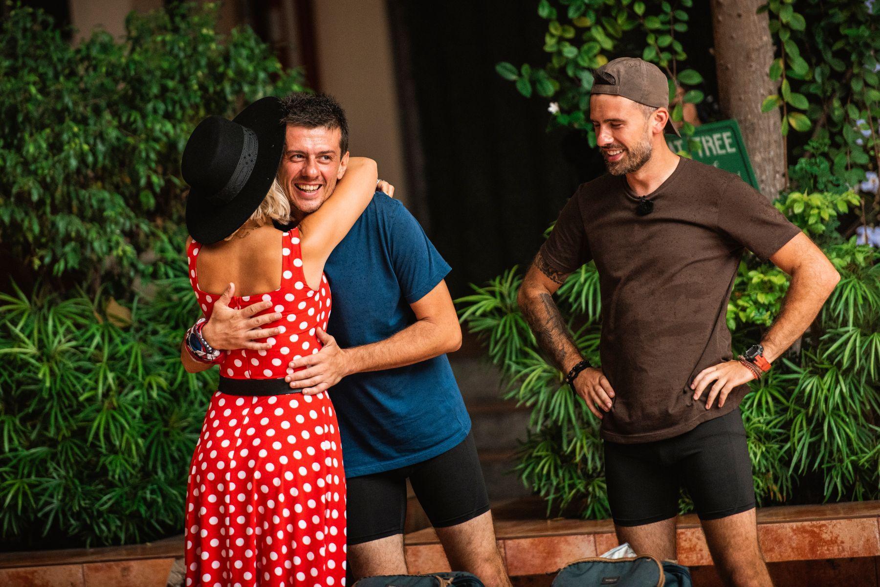 """""""Asia Express"""", record de audienţă, cu ediția de miercuri, 1 aprilie! Câți oameni au fost cu ochii pe competiție! Frații Florin și Dan Ristei au ieșit din cursă. """"Suntem mândri"""" - Foto"""