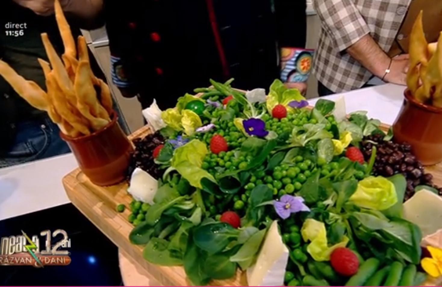 Salată de primăvară servită cu minciunele picante - Rețeta lui Vlăduț de la Neatza cu Răzvan și Dani