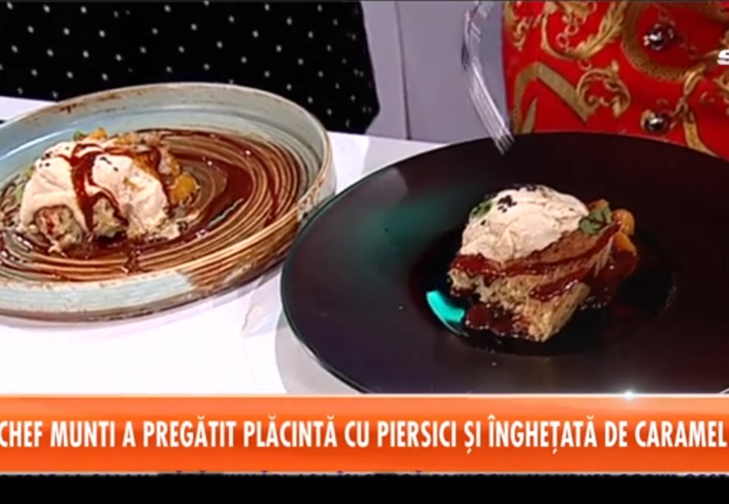 Cum poți prepara cea mai delicioasă rețetă de plăcintă cu piersici din compot, servită cu îngheţată de caramel sărat